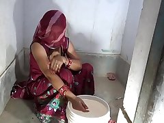 hindi sex video of horny village bhabhi in bathroom