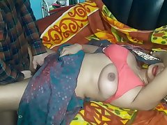desi friend mom priya bhabhi asking for sex